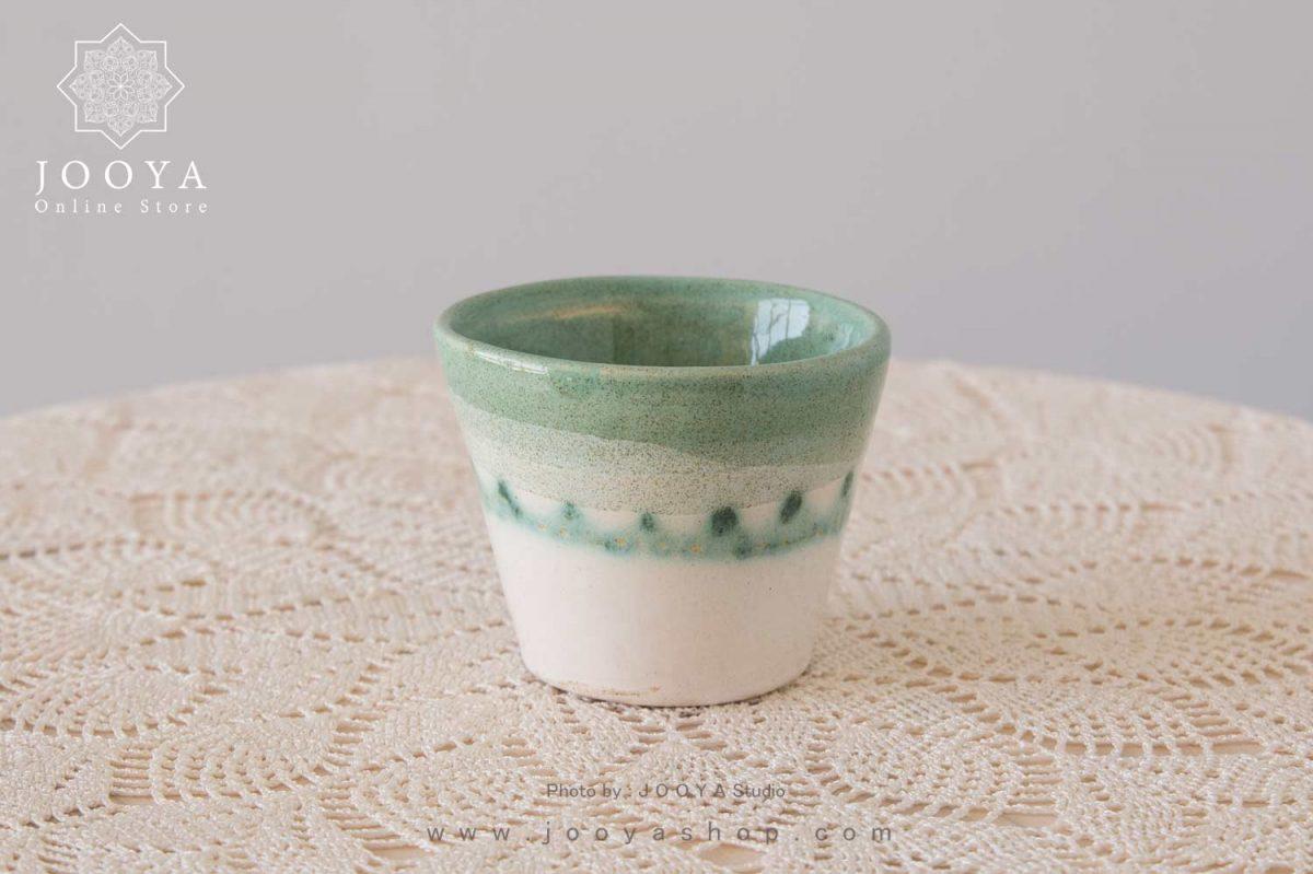 لیوان سرامیکی سبز مخروطی