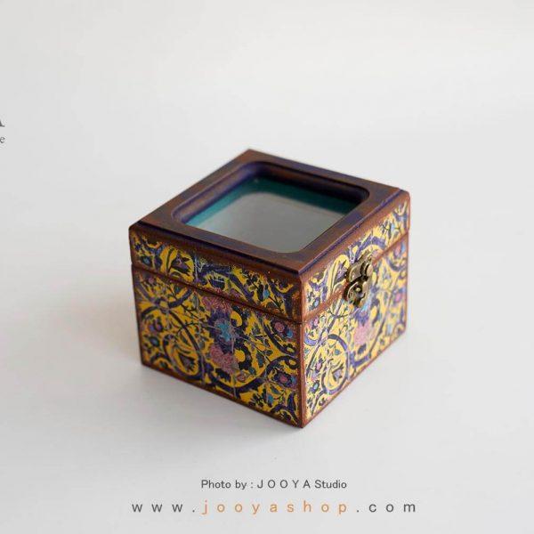 جعبه کوچک درب شیشهای طرح حوضنقاشی