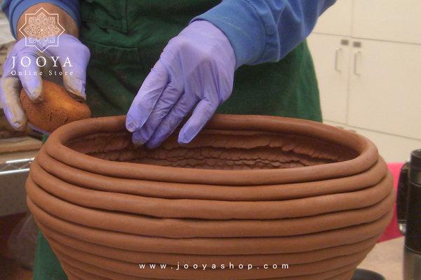 ساخت ظرف سفالی با دست به روش فتیلهای یا کویل