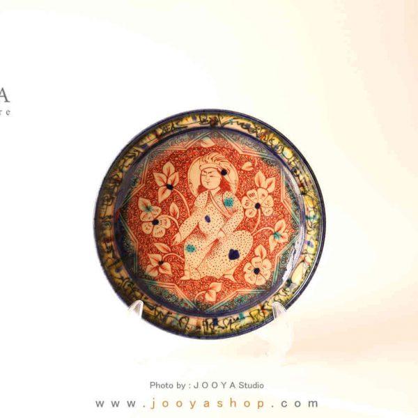 بشقاب سفالی نقاشی شده متاثر از کاشی زرین فام قرن ۷ کاشان