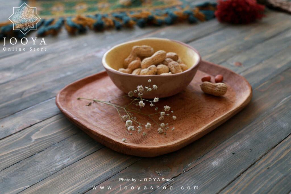 استفاده از چوب گردو در ساخت ظروف دست ساز چوبی