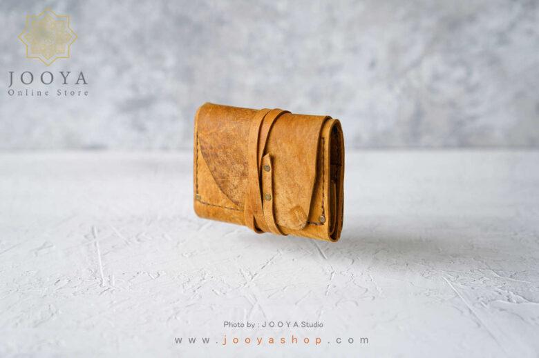 کیف پول چرم کوچک ناول