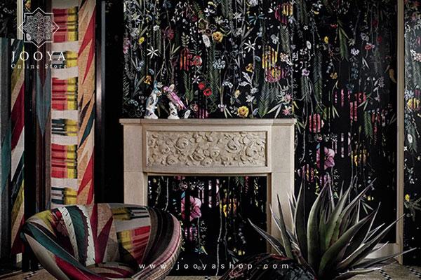 دکوراسیون شلوغ و دیوار شاخص سیاه فوق العاده زیبا