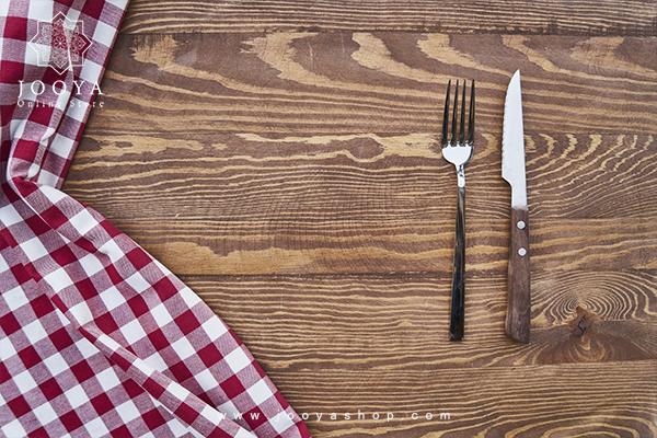 چاقو با دسته چوبی