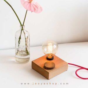 چراغ رومیزی چوبی مدرن آکو